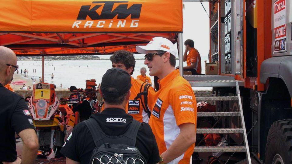 Obhájce vítězství v kategorii motorek Marc Coma
