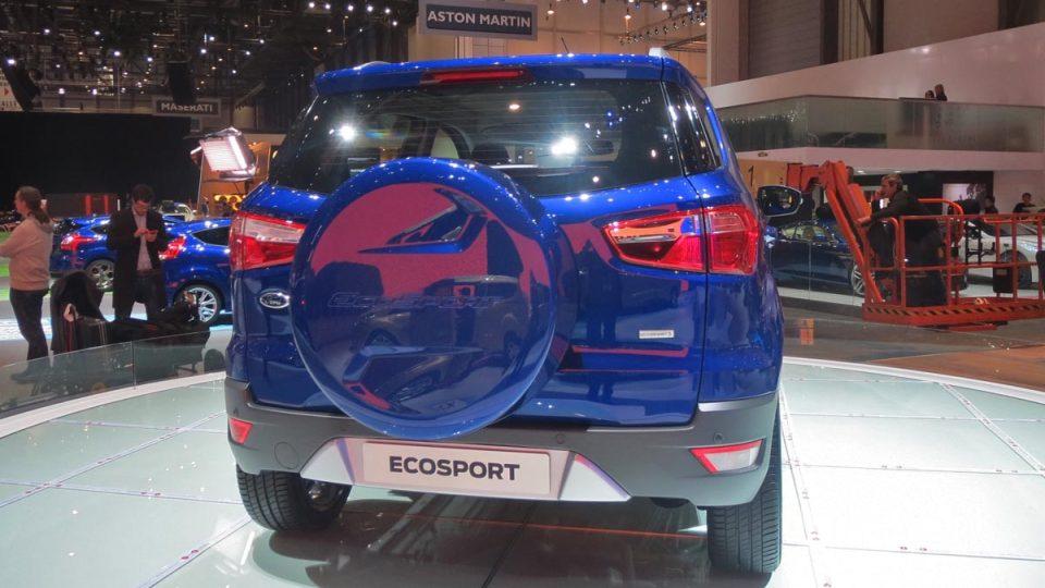 EcoSport bude vybaven komunikačním systémem Ford SYNC s hlasovým ovládáním a funkcí automatického tísňového volání