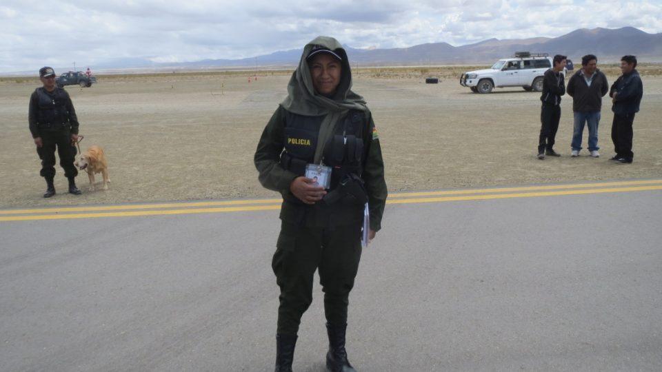 Bolivijská policistka