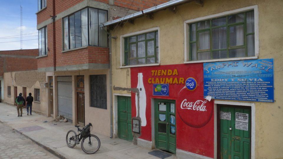 Coca cola nechybí ani v Uyuni