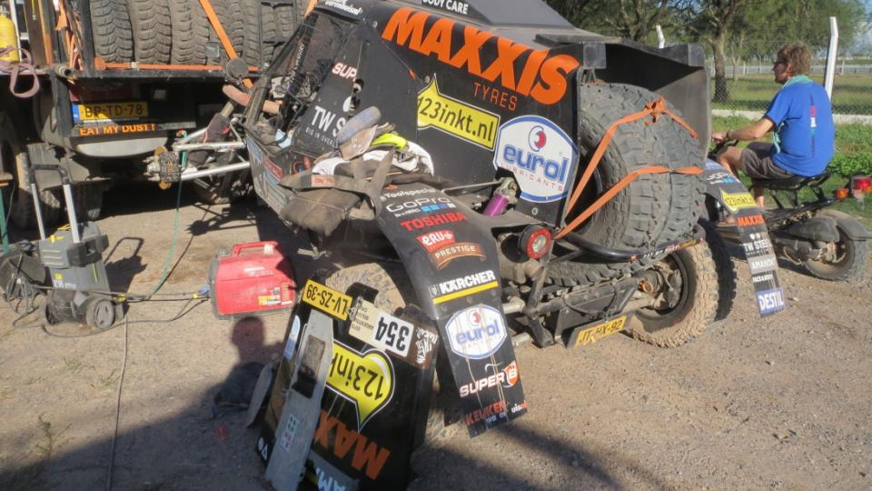 I takhle končí účast na Rallye Dakar